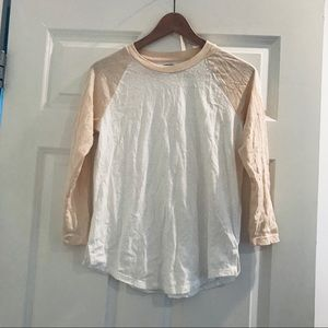 Old Navy white cream raglan 3/4 sleeve t-shirt